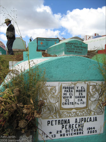 'Si se puede' in Guatemlan highlands (photo by Xeni Jardin)